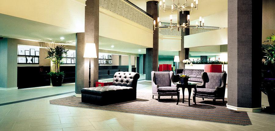 Sheraton Gateway LAX lobby