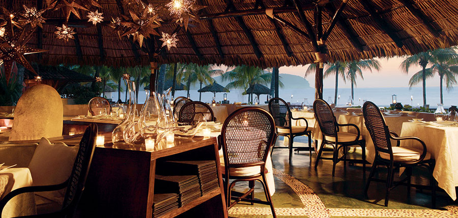 The hotel renovation of luxury resort Viceroy Zihuatanejo by The Kor Group in 2007 included two gourmet restaurants and three bars.